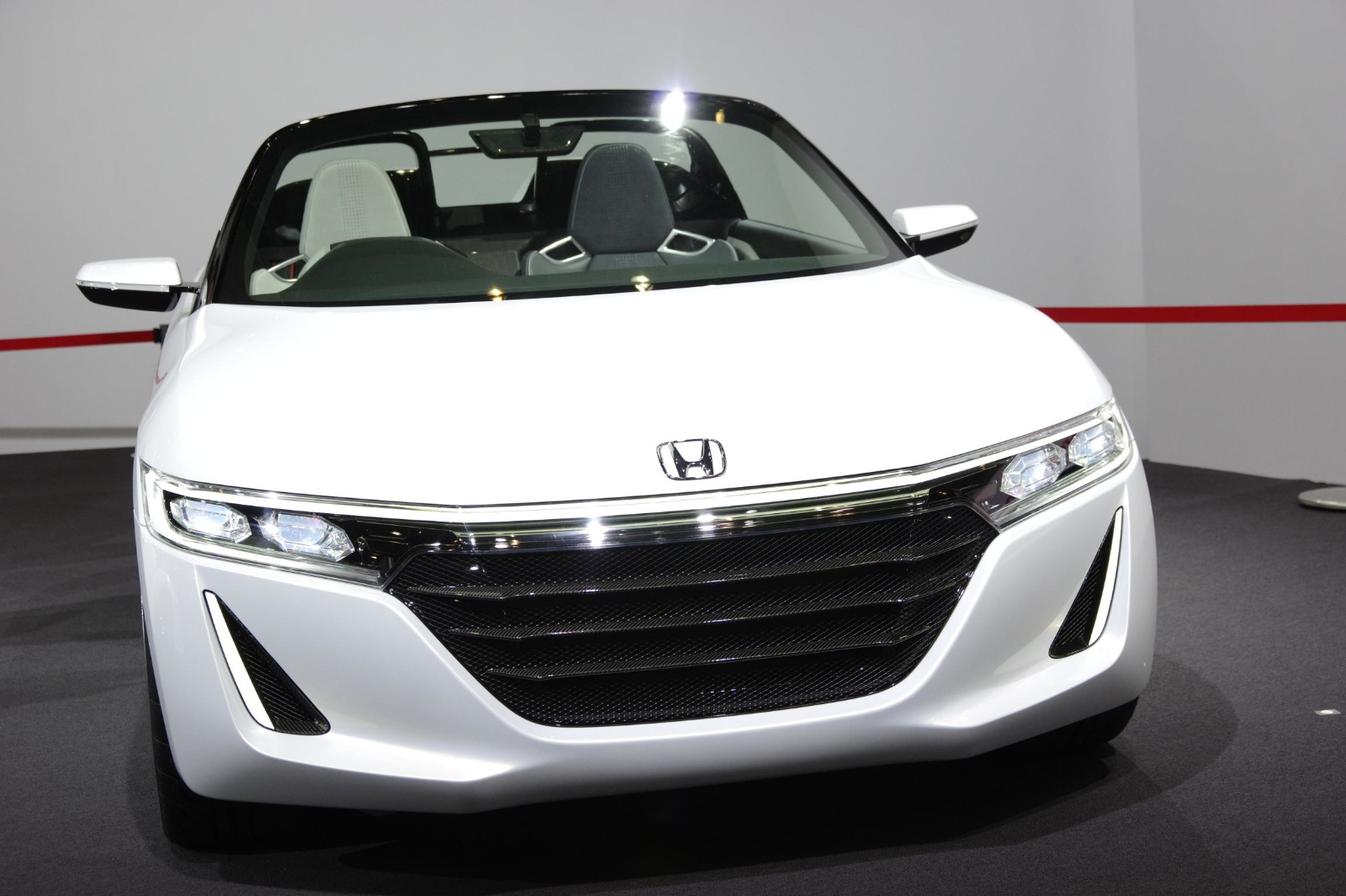shrunken nsx honda s660 kei sportscar coming in 2015 autoevolution. Black Bedroom Furniture Sets. Home Design Ideas