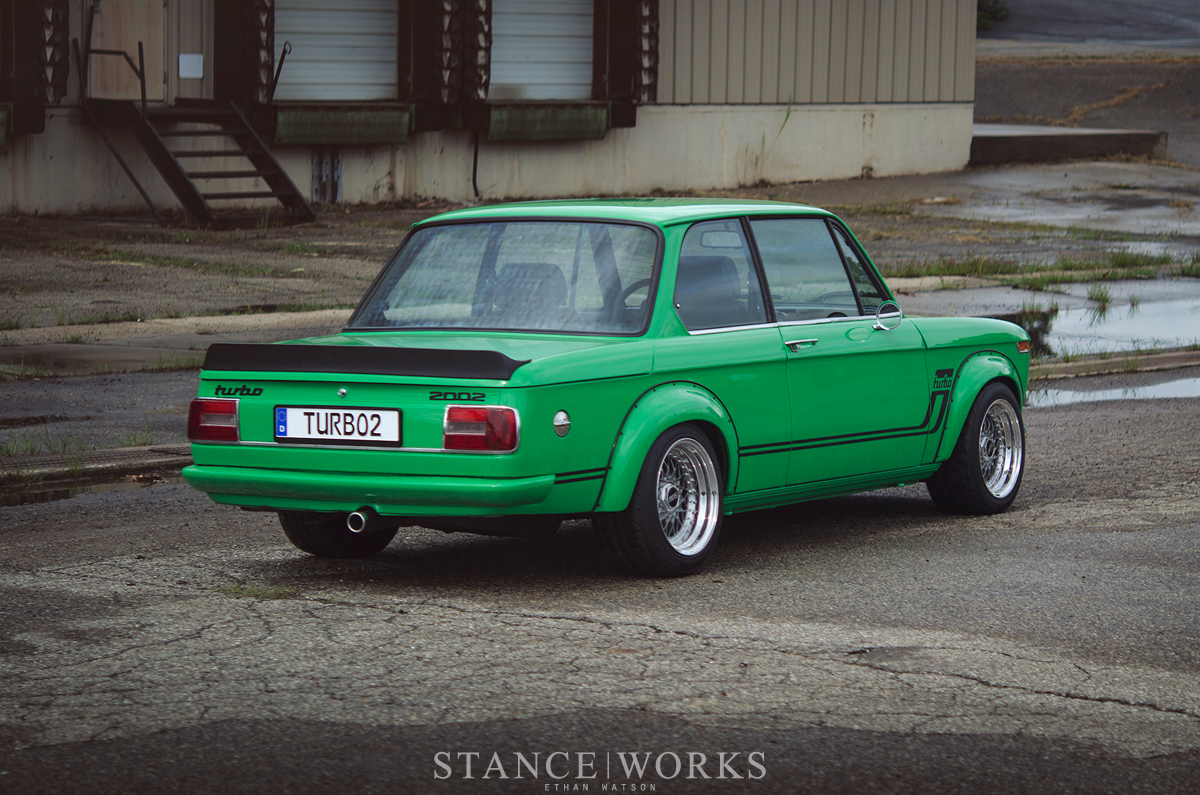 BMW turbo bmw 2002 : Signal Green BMW 2002 Turbo Is a Work of Art - autoevolution