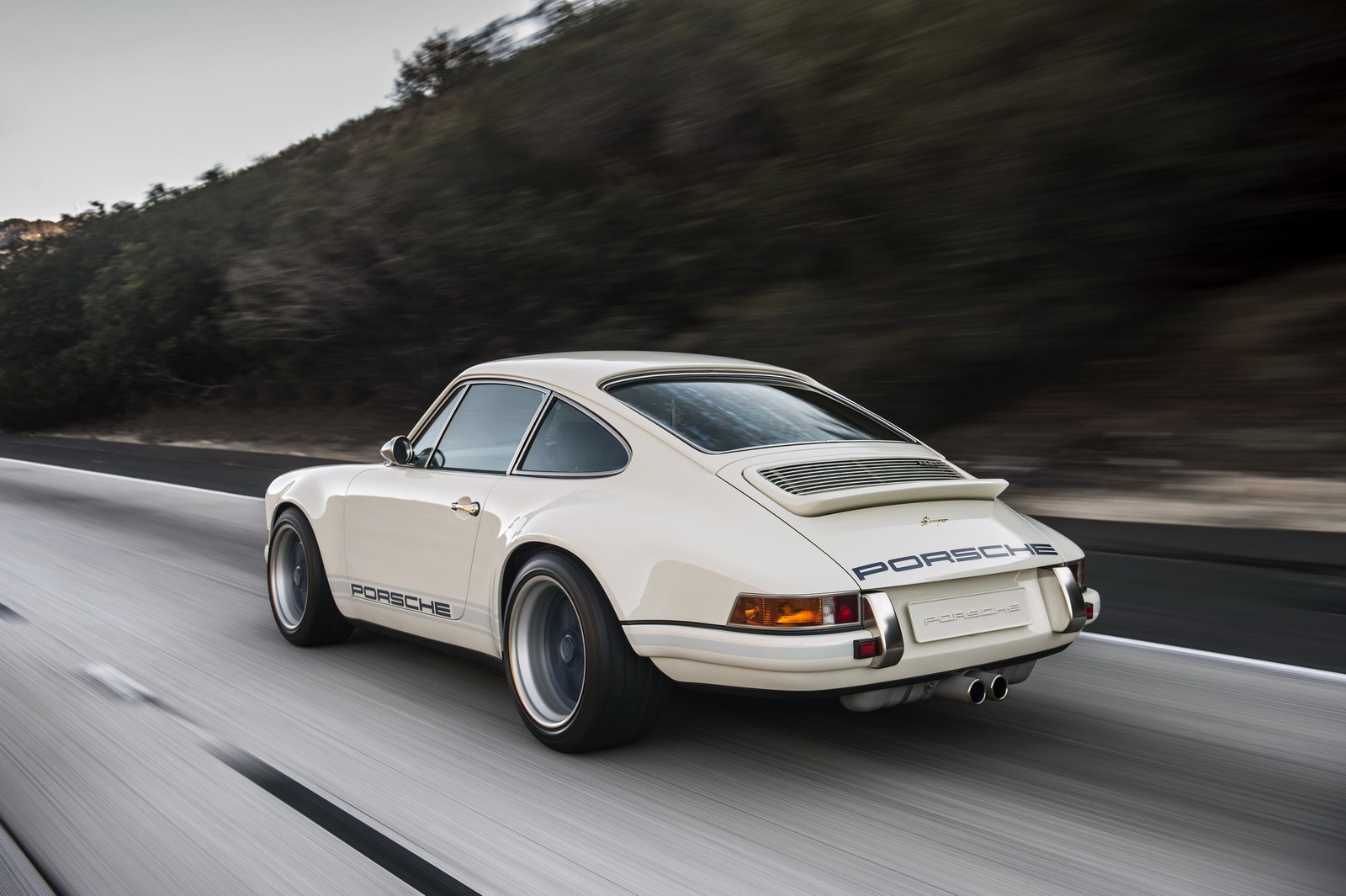 Porsche 911 Reimagined By Singer To Be Showcased At 2016