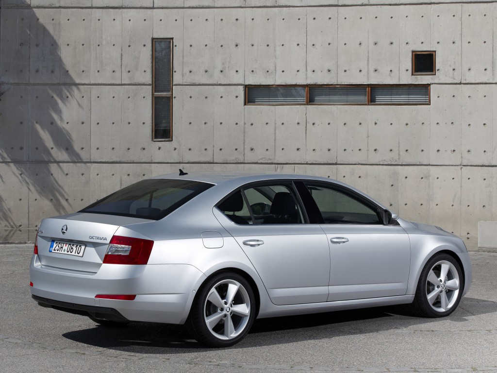 skoda octavia adds 1 0 tsi with 115 hp 3 cylinder engine replaces 1 2 tsi