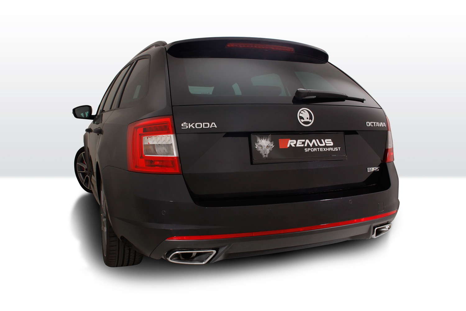 Skoda octavia rs with remus exhaust sounds awesome thanks to active