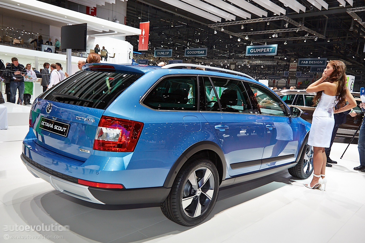 skoda octavia scout is an estate built for adventures at geneva 2014 live photos autoevolution. Black Bedroom Furniture Sets. Home Design Ideas