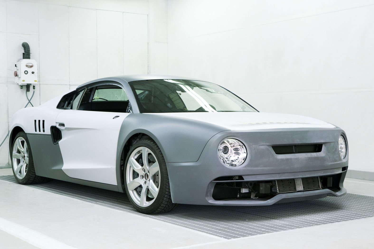 Skoda-Inspired R200 Channels Its Inner Sportscar to Put on Drift Show - autoevolution