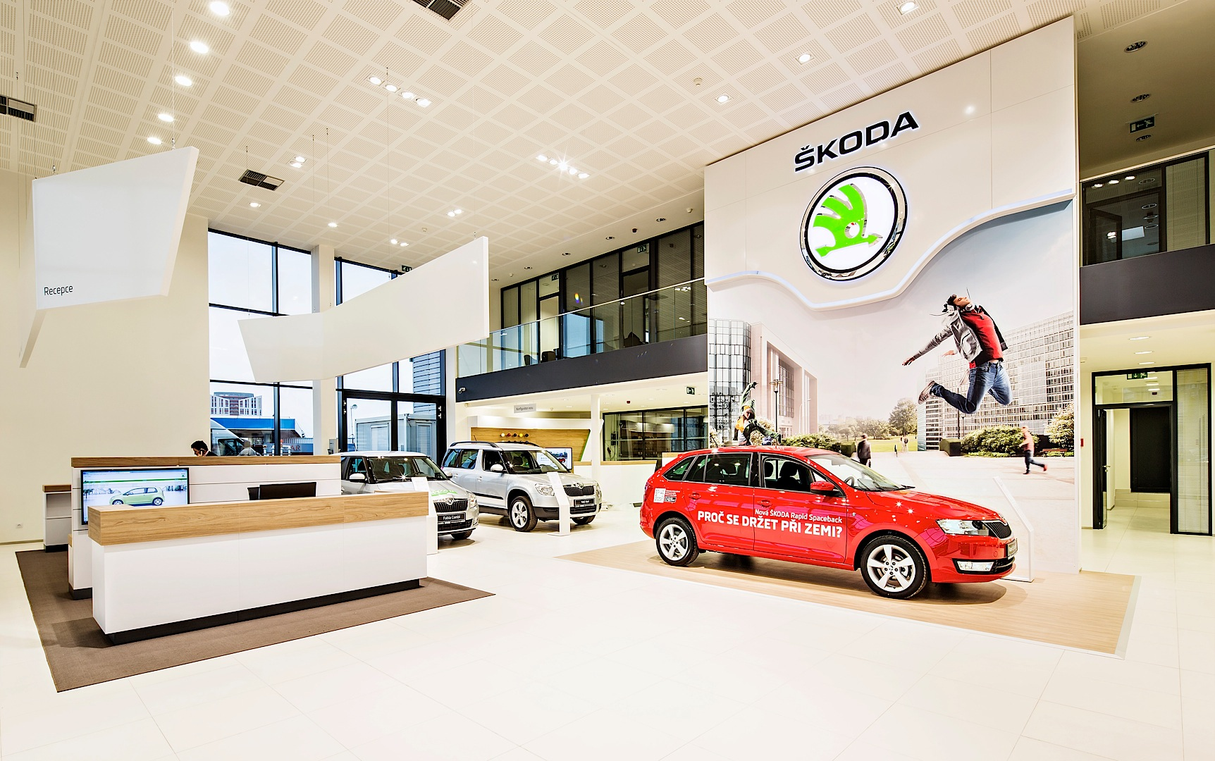 skoda reveals new dealer showroom design autoevolution. Black Bedroom Furniture Sets. Home Design Ideas