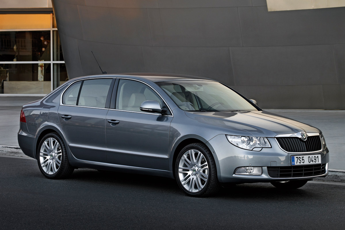 Green Auto Sales >> Skoda Superb Named Car of the Year 2009 In 8 Countries ...