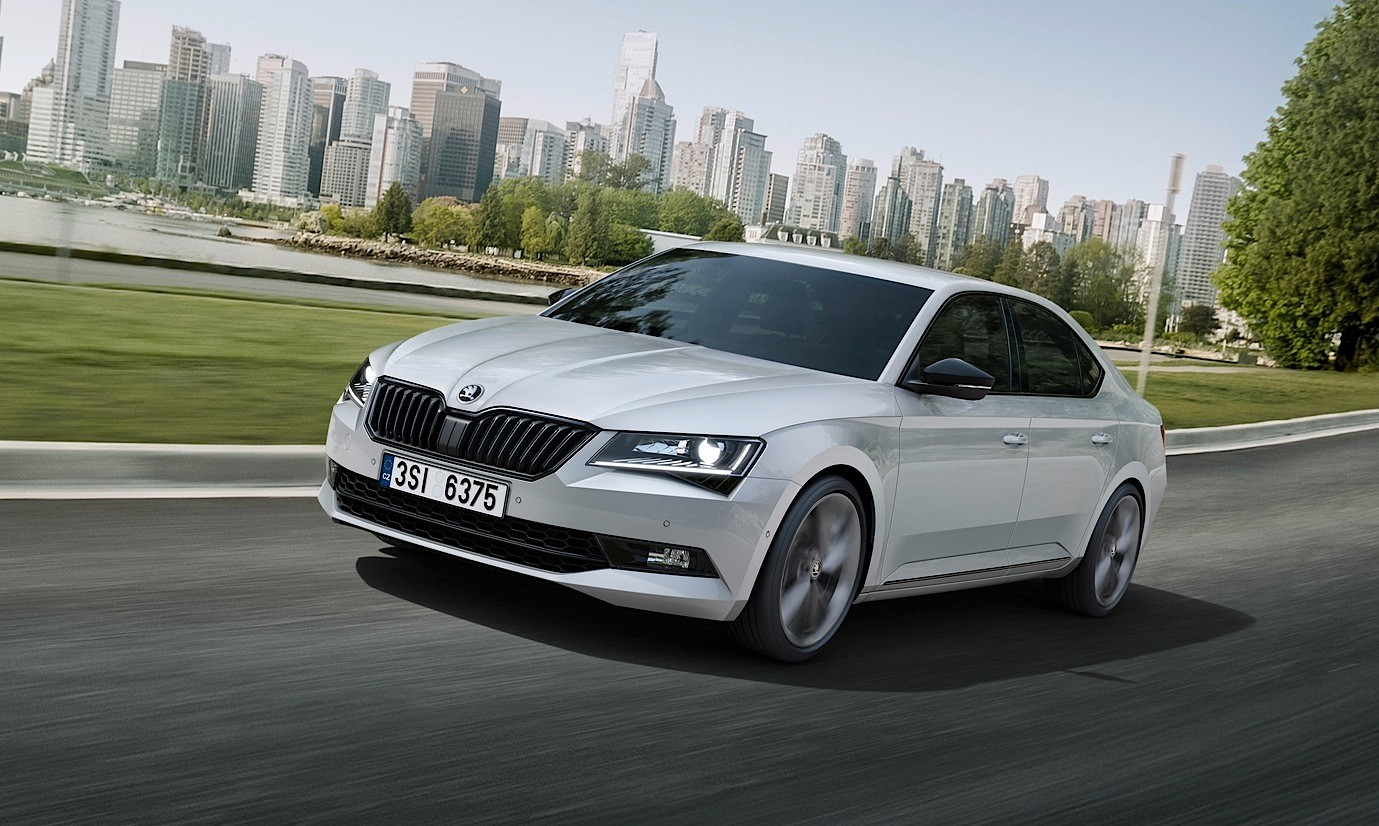 skoda superb sportline fills the rs void ahead of. Black Bedroom Furniture Sets. Home Design Ideas