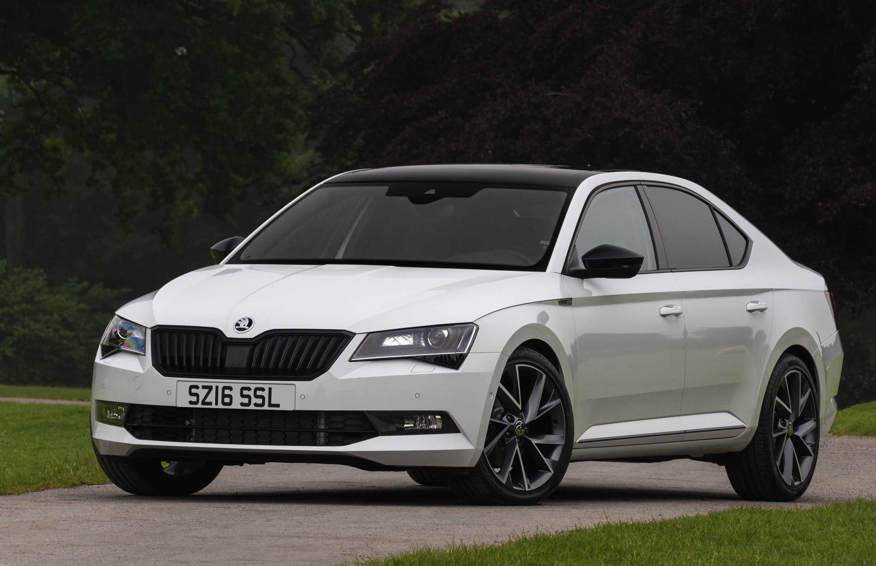 skoda superb sportline launched in britain in sedan and. Black Bedroom Furniture Sets. Home Design Ideas