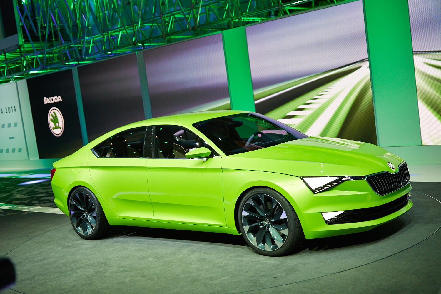 Skoda VisionC Concept Shines In Geneva Live Photos