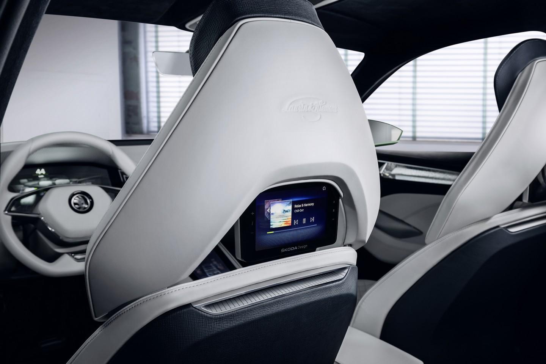 "Slim Car Seats >> Skoda VisionS Concept Previews 7-Seater ""Kodiak"" SUV at ..."