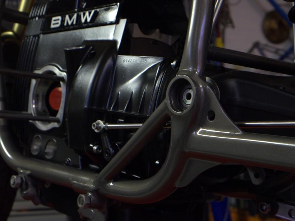 Skrunkwerks BMW R100 Salt Racer Is the Ultimate Minimalist
