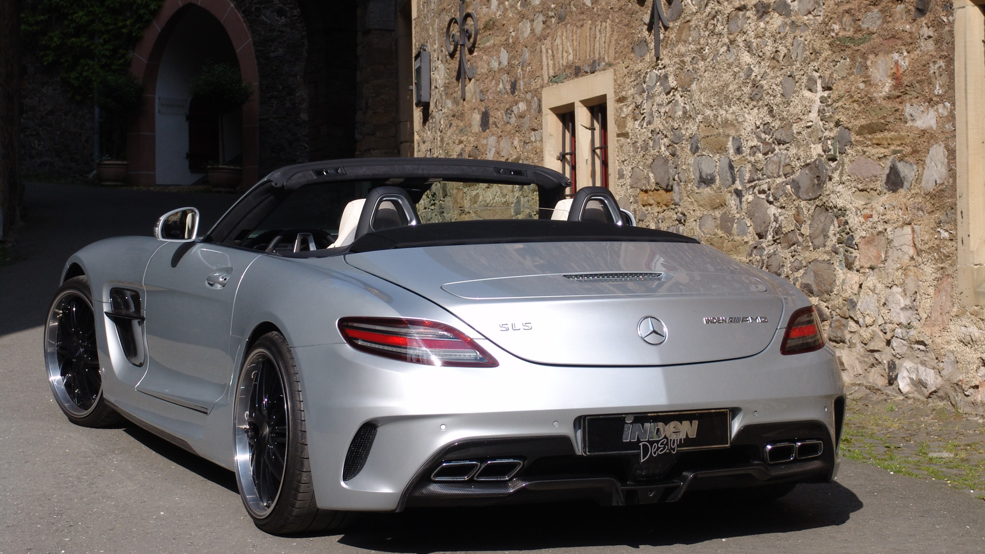 Hp C Amg Black Series With Awd By Gad Tuning moreover Mercedes Police in addition Mercedes E Rodas in addition White Mercedes W E Amg Hre Perfomance Wheels together with C E F Ea Eff E C. on mercedes sls amg black series
