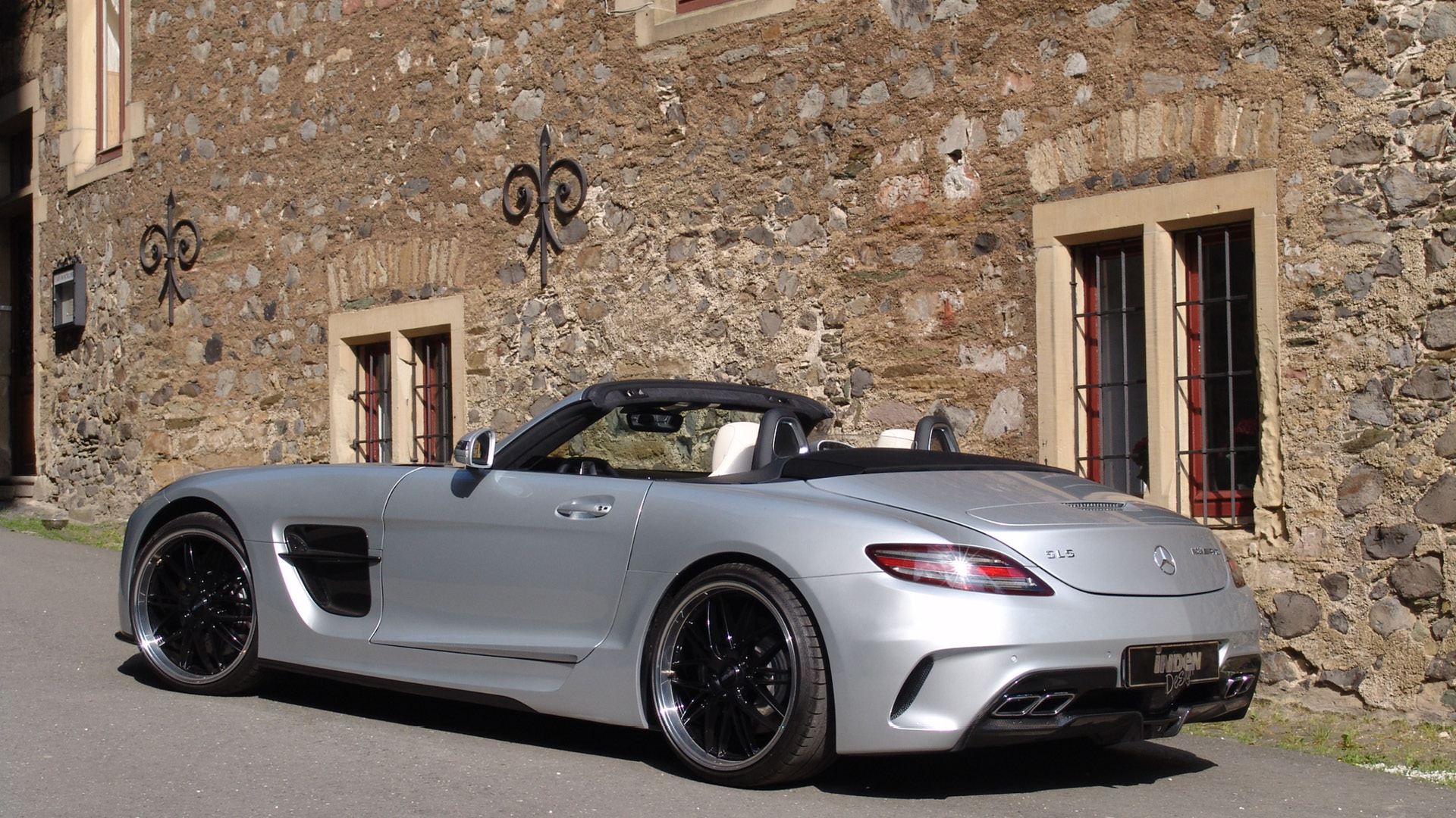 sls amg black series roadster by binz 39 s inden design spotted autoevolution. Black Bedroom Furniture Sets. Home Design Ideas