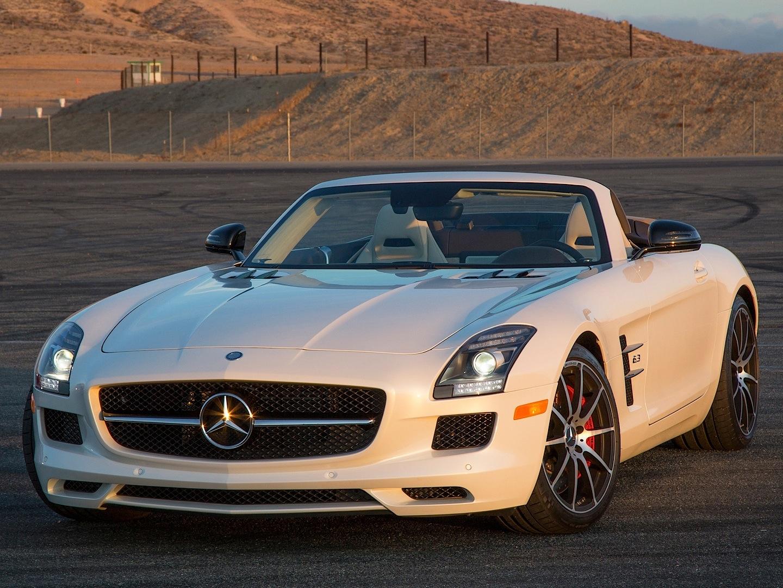 Mercedes benz sls amg gt roadster gets reviewed by for Mercedes benz sls gt