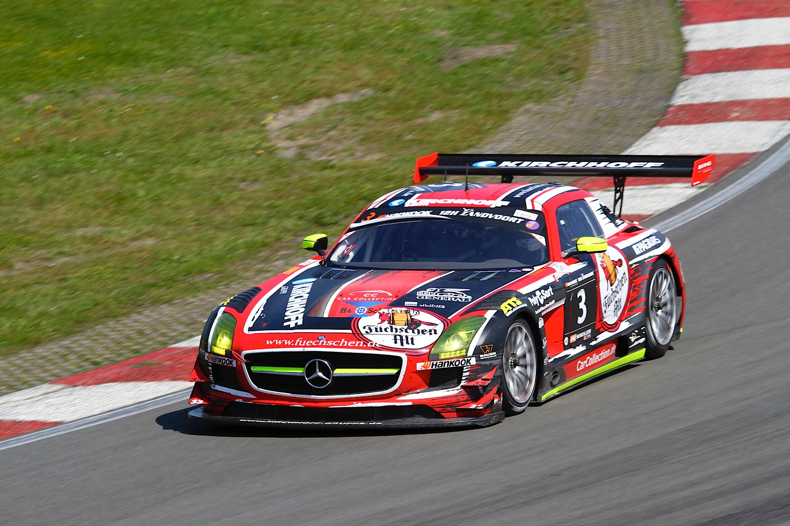 Sls amg gt3 models fill podium at zandvoort 12 hour race for Mercedes benz race