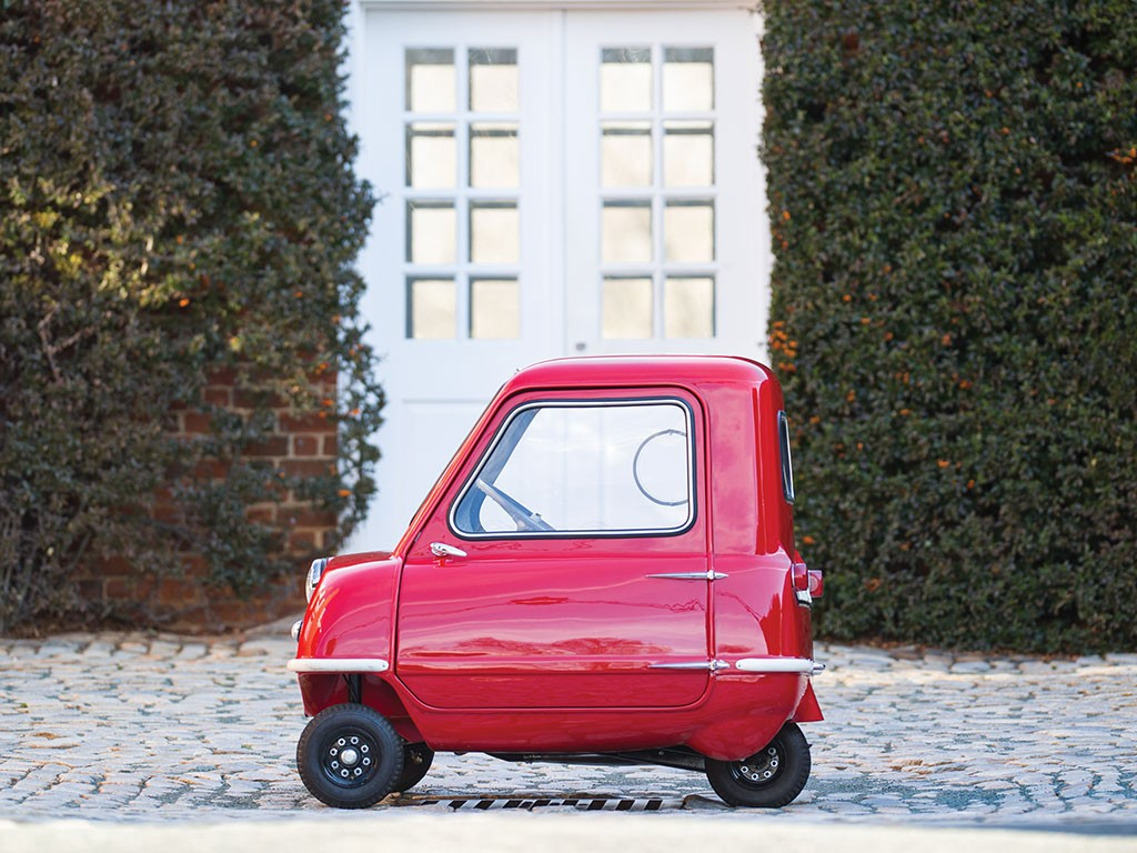 Smallest Car In The World Fetches 176 000 At Auction