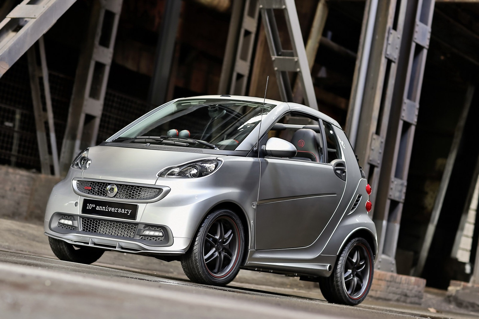 smart fortwo brabus 10th anniversary unveiled autoevolution. Black Bedroom Furniture Sets. Home Design Ideas