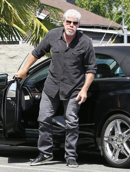 Sons Of Anarchys Ron Perlman Drives A Mercedes E350