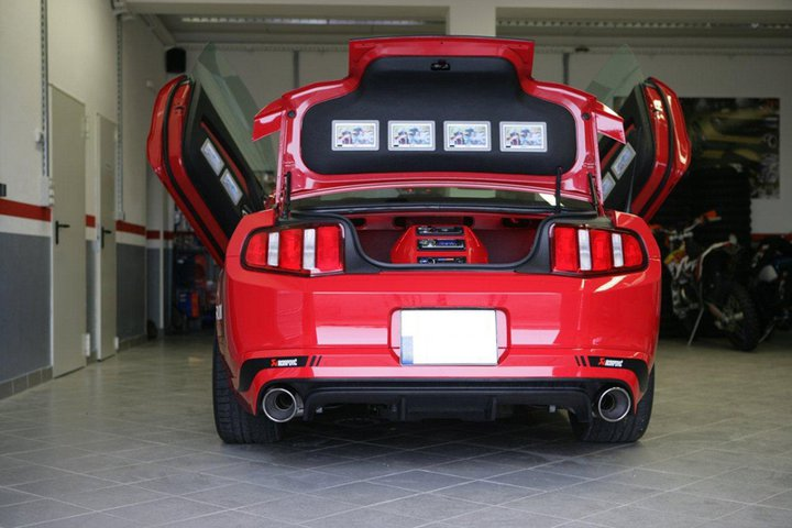 Sony Ford Mustang Receives Akrapovic Exhaust Autoevolution