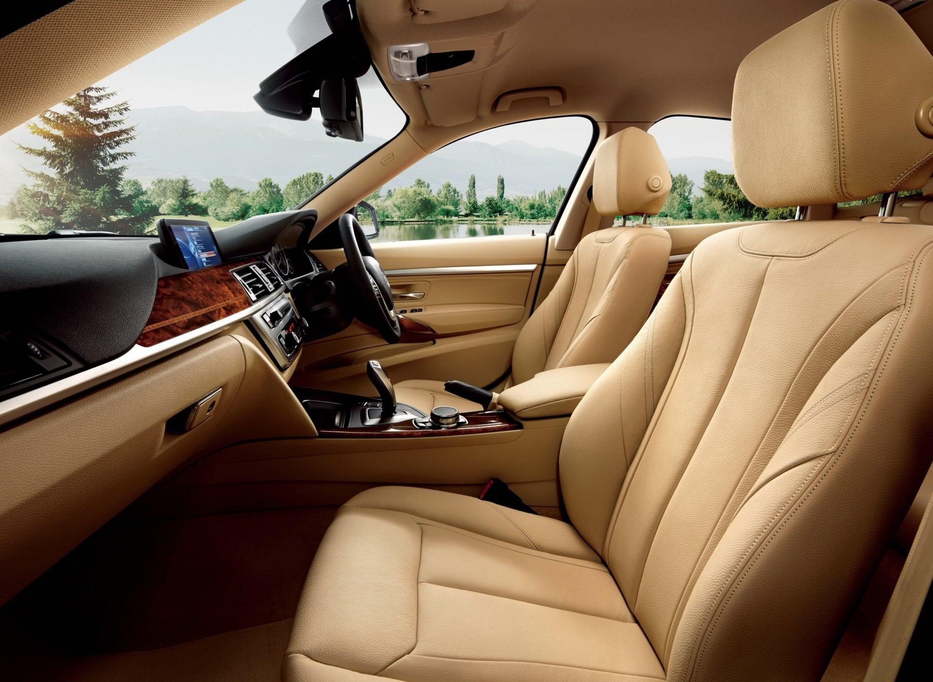 Special Edition BMW Series GT Luxury Lounge Heading To Japan - Bmw 3 series special edition