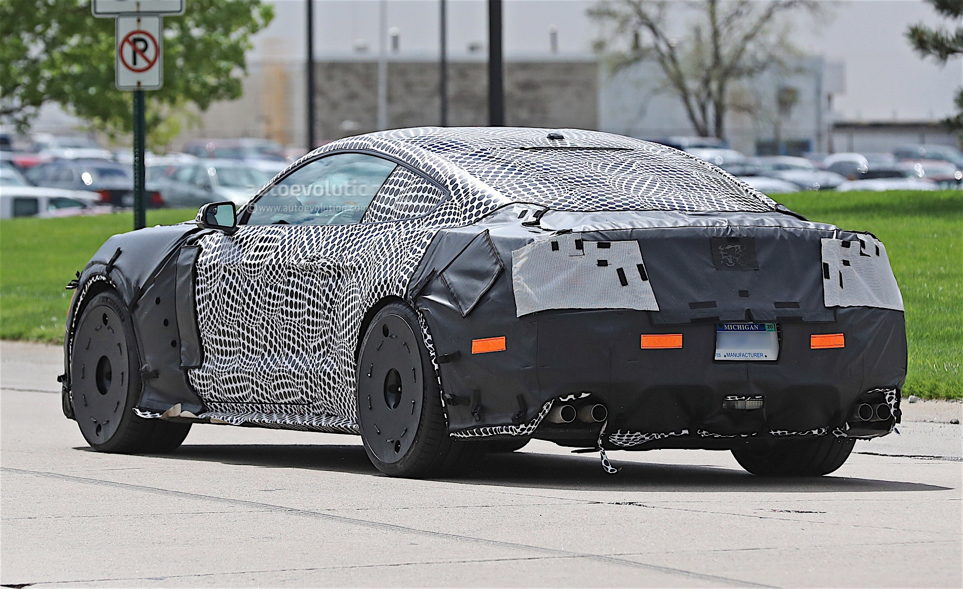 2019 Ford Mustang GT500 Spied In Detroit With Massive ...