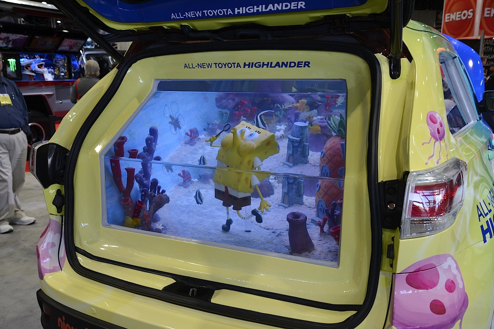 Spongebob toyota highlander fish tank edition is at 2013 for Spongebob fish tank