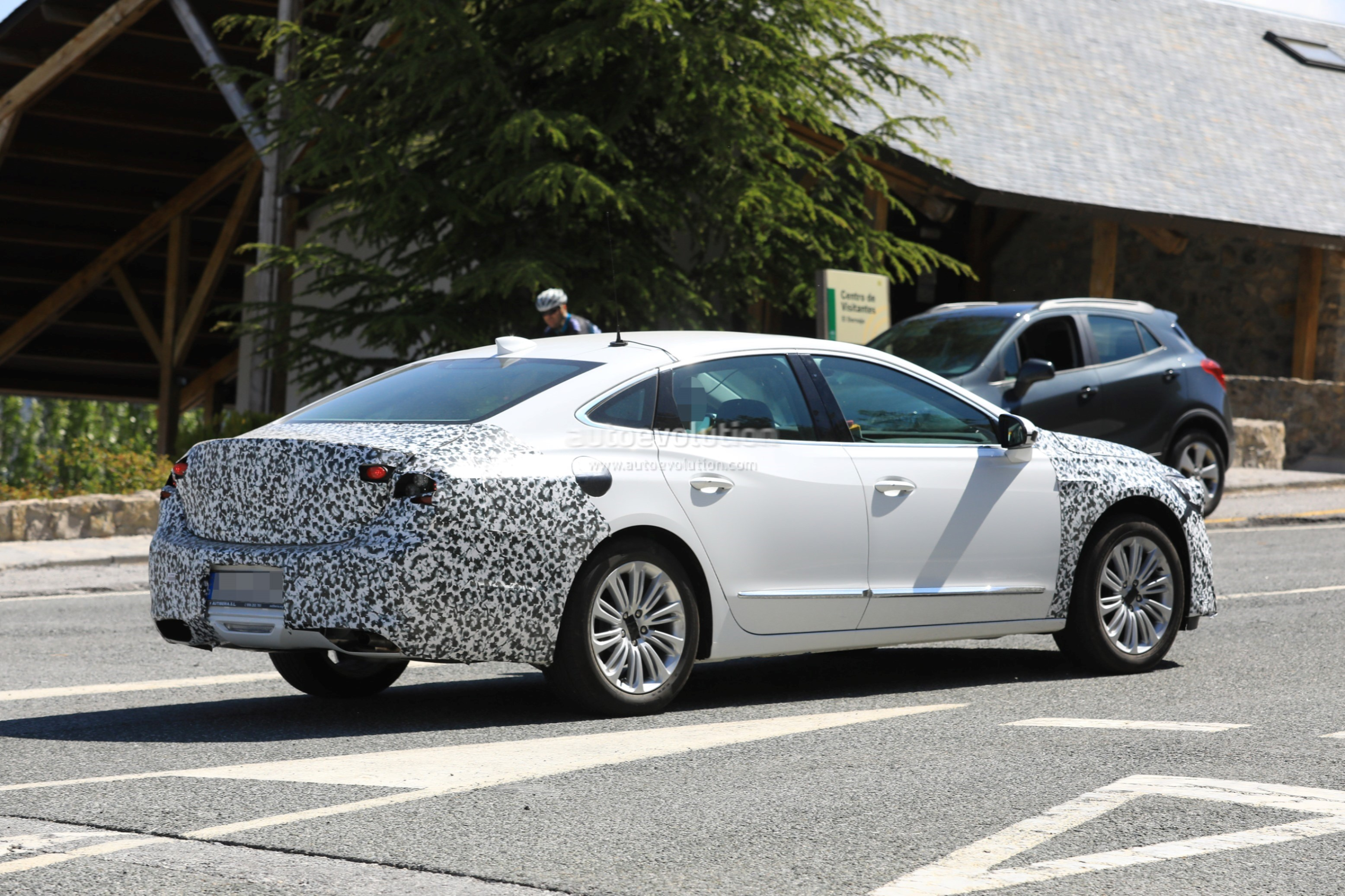 Spy Photos: 2019 Buick LaCrosse Facelift Caught Testing In ...