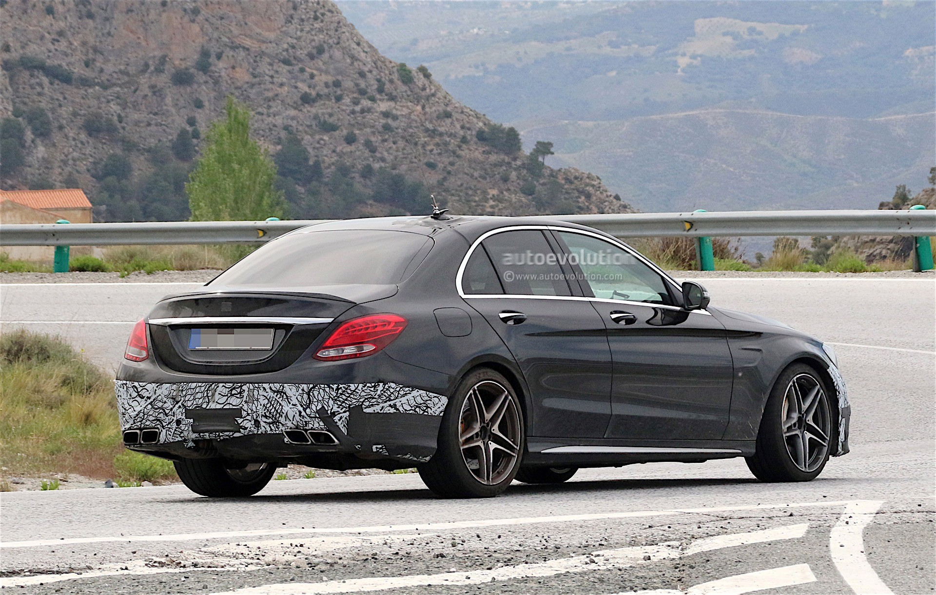 2018 mercedes amg c63 sedan facelift spied testing on. Black Bedroom Furniture Sets. Home Design Ideas