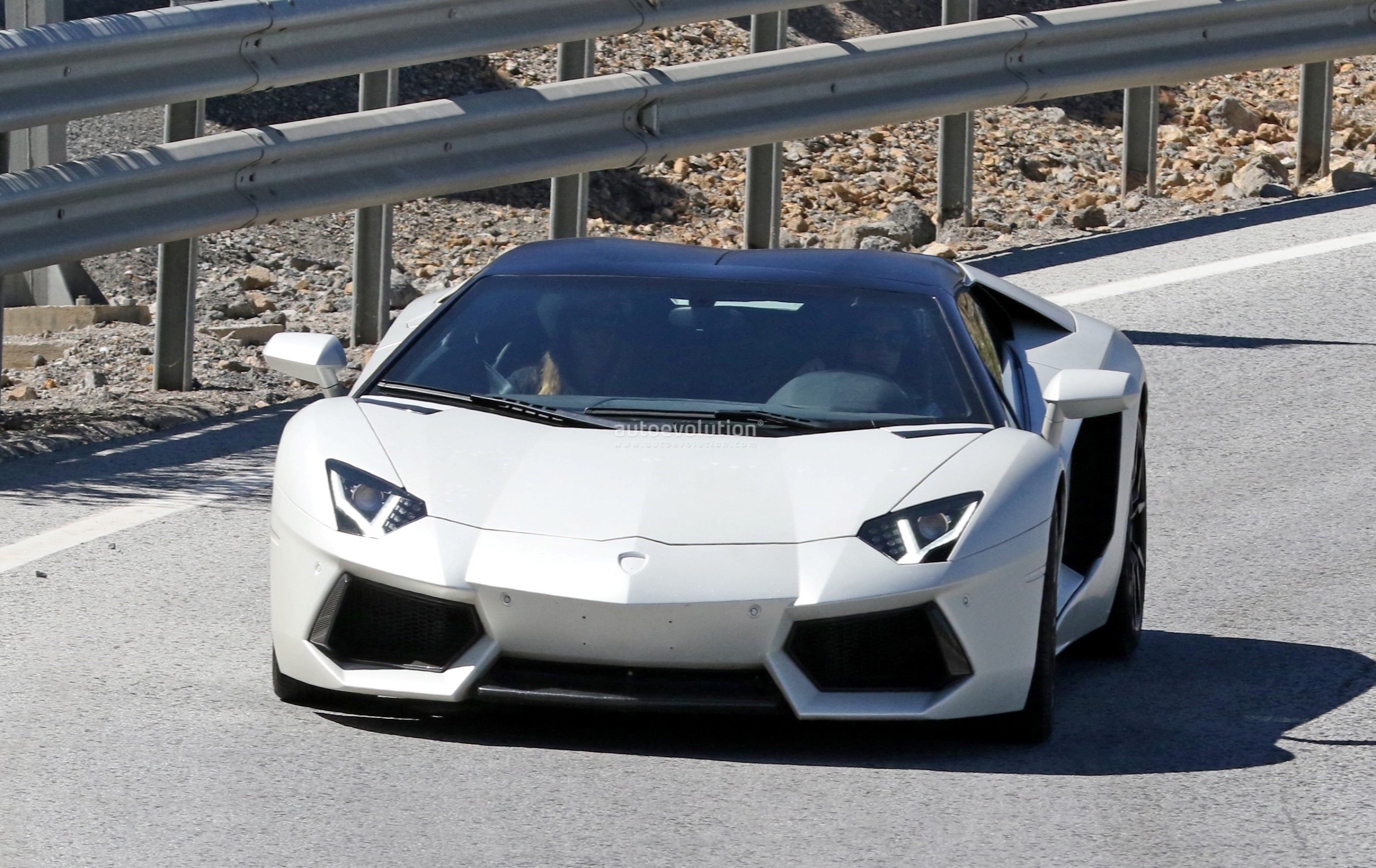 Spied New Lamborghini Aventador Variant Incoming, Could Be