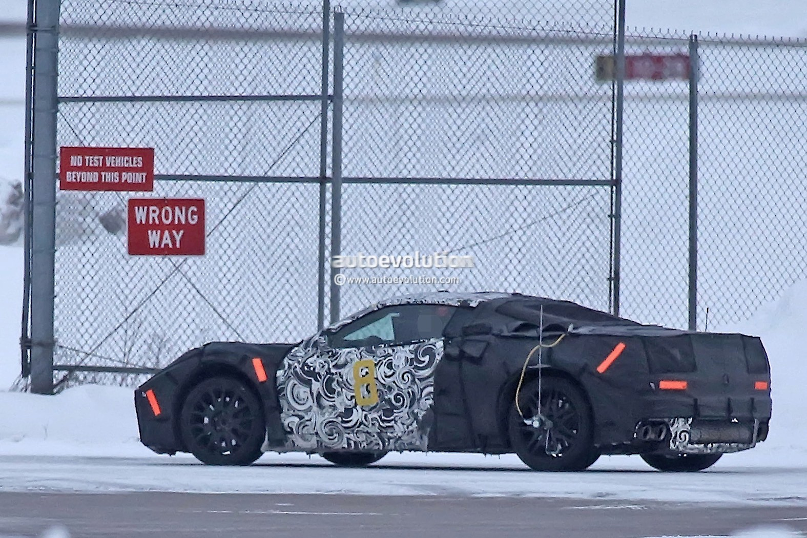 2018 Chevrolet Camaro ZL1 Rendering Throws Knives at the ...