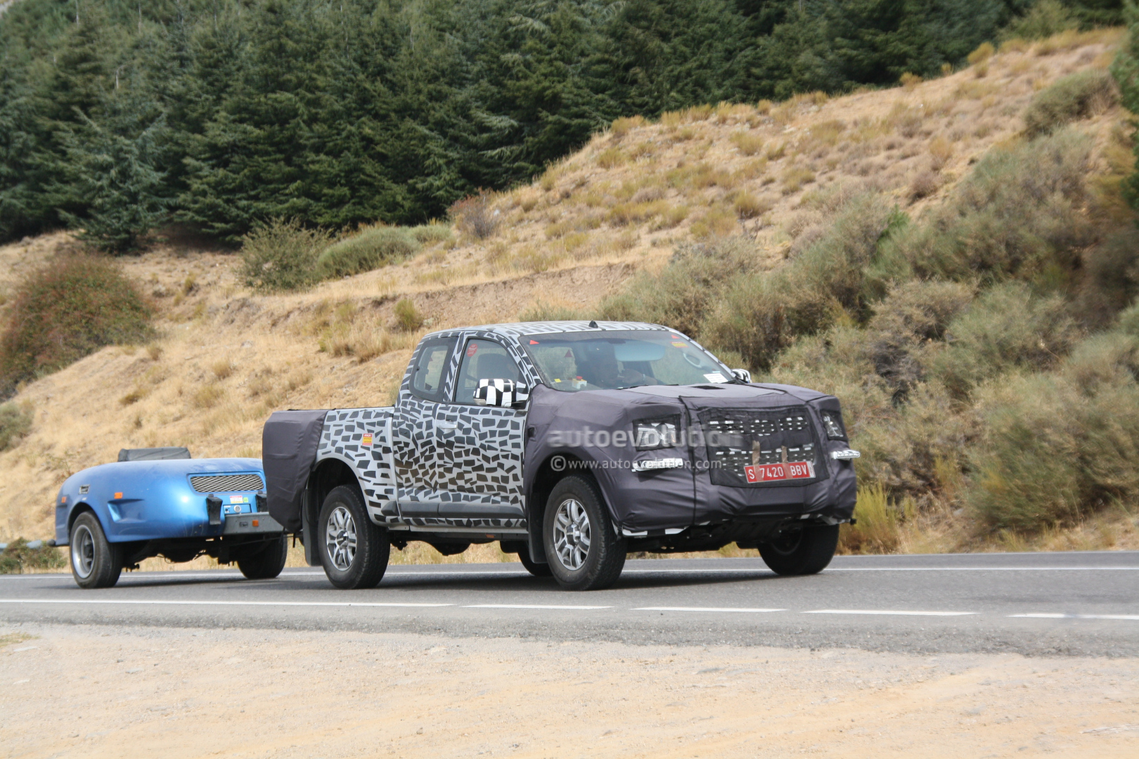 Spyshots 2013 Chevrolet Colorado On European Roads