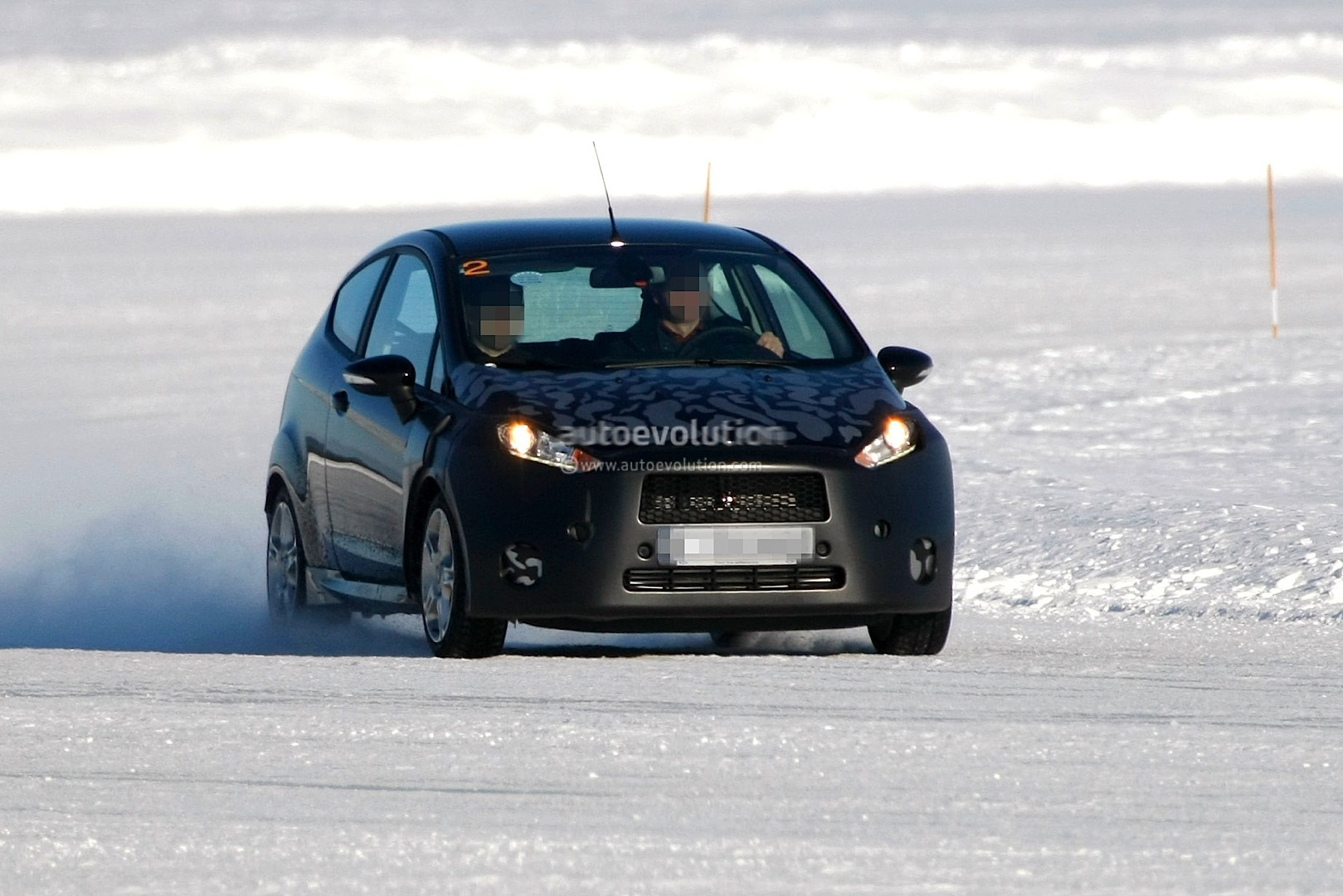 2013 Ford Fiesta Facelift Spyshots - photo gallery