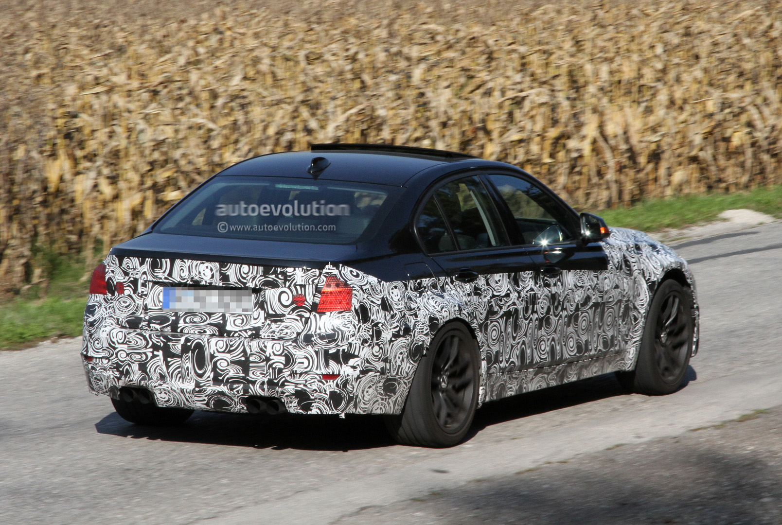 spyshots 2014 bmw m3 sedan autoevolution. Black Bedroom Furniture Sets. Home Design Ideas