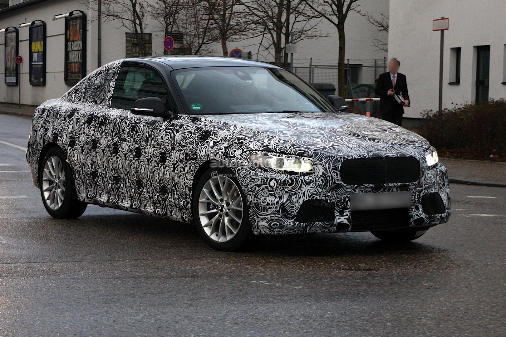 Spyshots: 2014 F22 BMW 2-Series Coupe - autoevolution