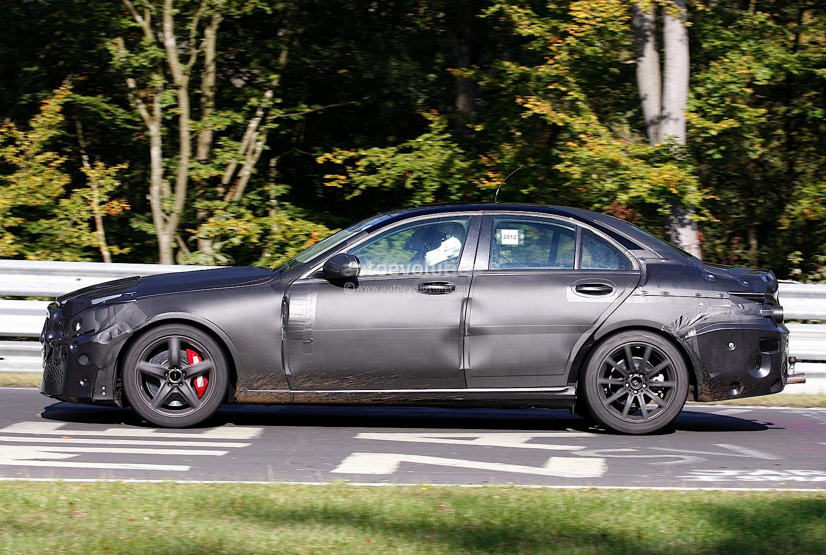 Spyshots 2014 mercedes c63 amg with 5 5l twin turbo for Used mercedes benz c63