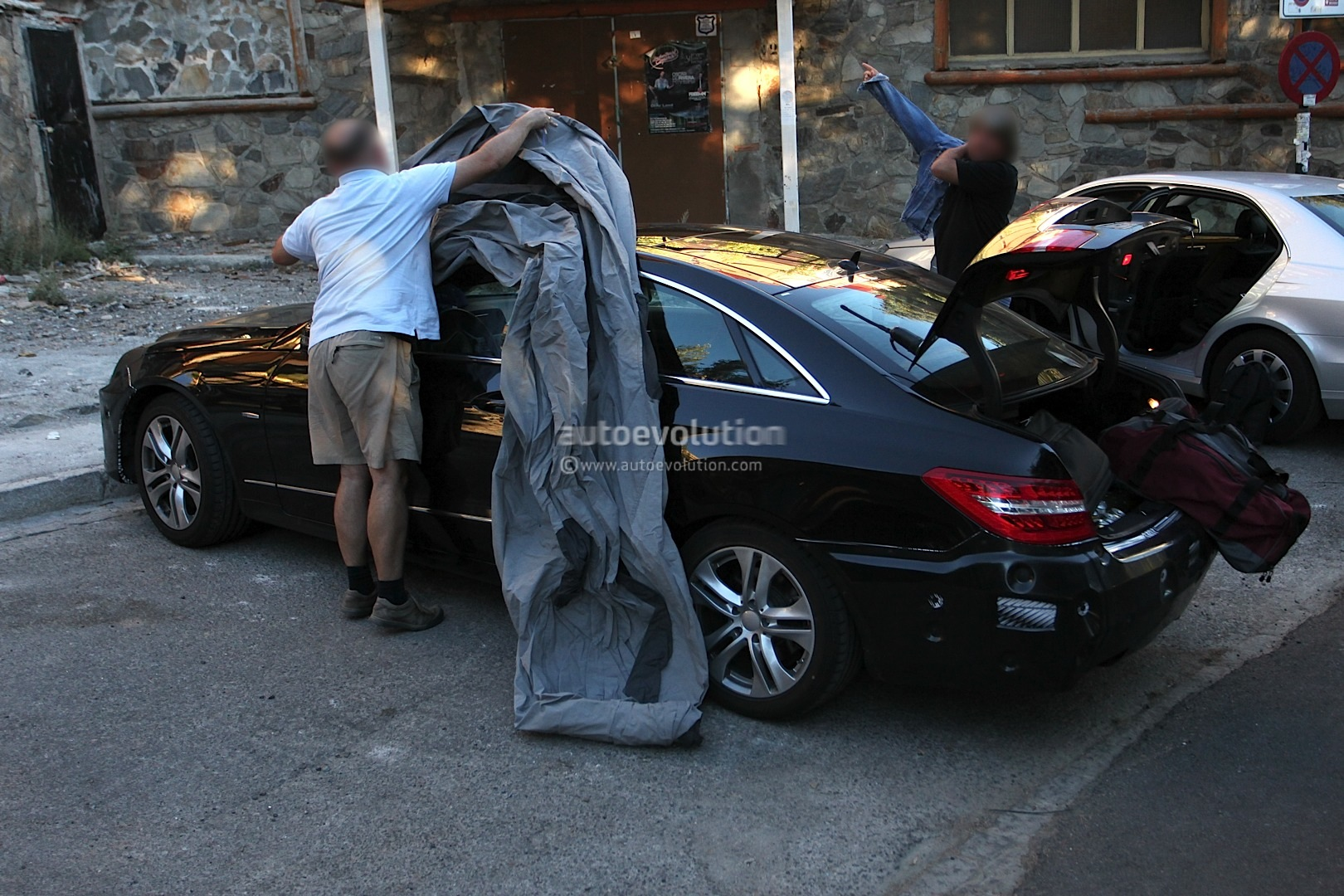 Spyshots 2014 Mercedes E Class Coupe Facelift With Less