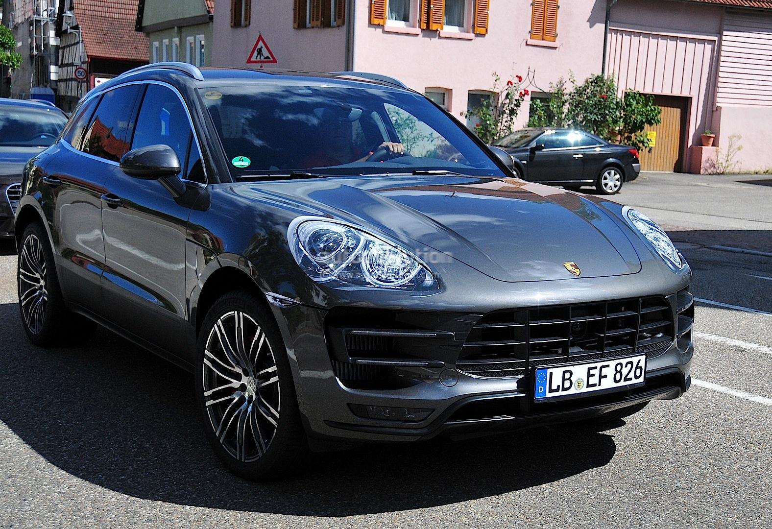 Spyshots 2014 Porsche Macan Virtually Undisguised