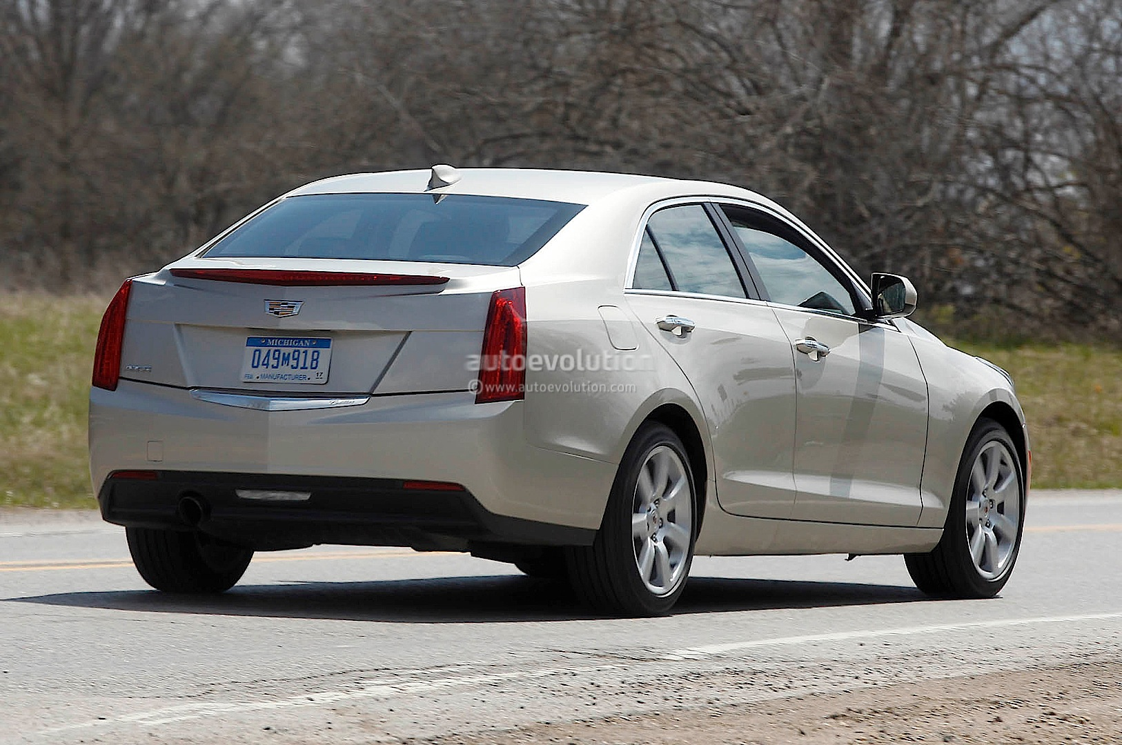 Spyshots 2015 Cadillac Ats Spied Up Close Autoevolution