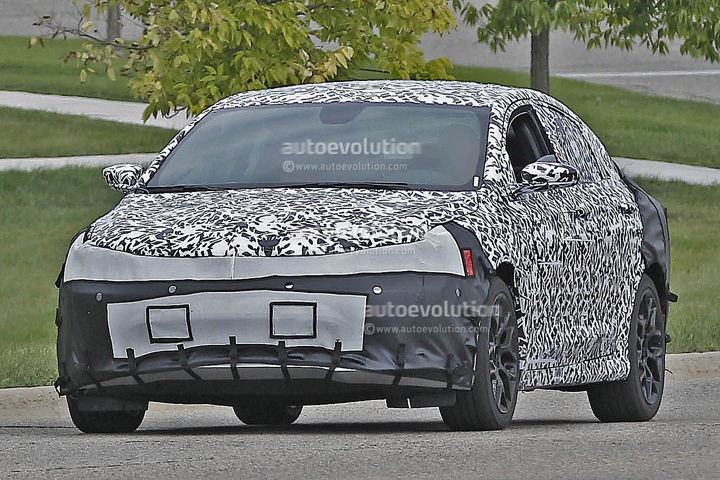 Spyshots: 2015 Chrysler 200 / Lancia Flavia in the Sheetmetal