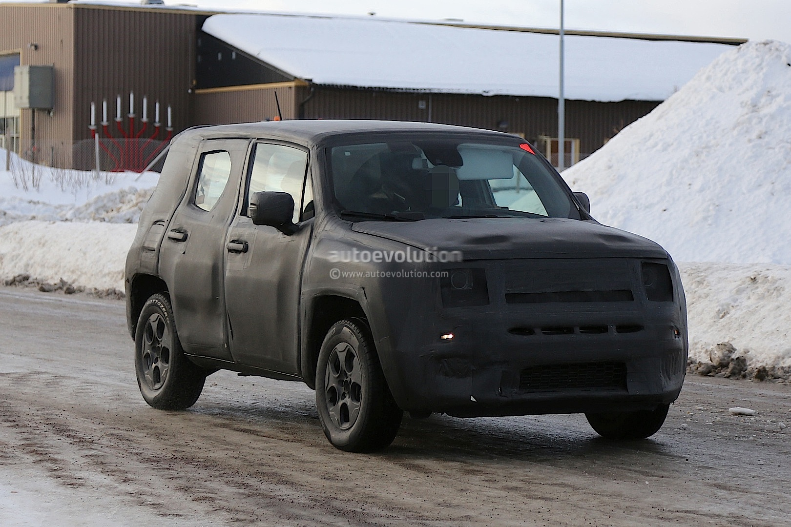 Spyshots: 2015 Jeep Junior Testing Continues Ahead of Rumored Geneva