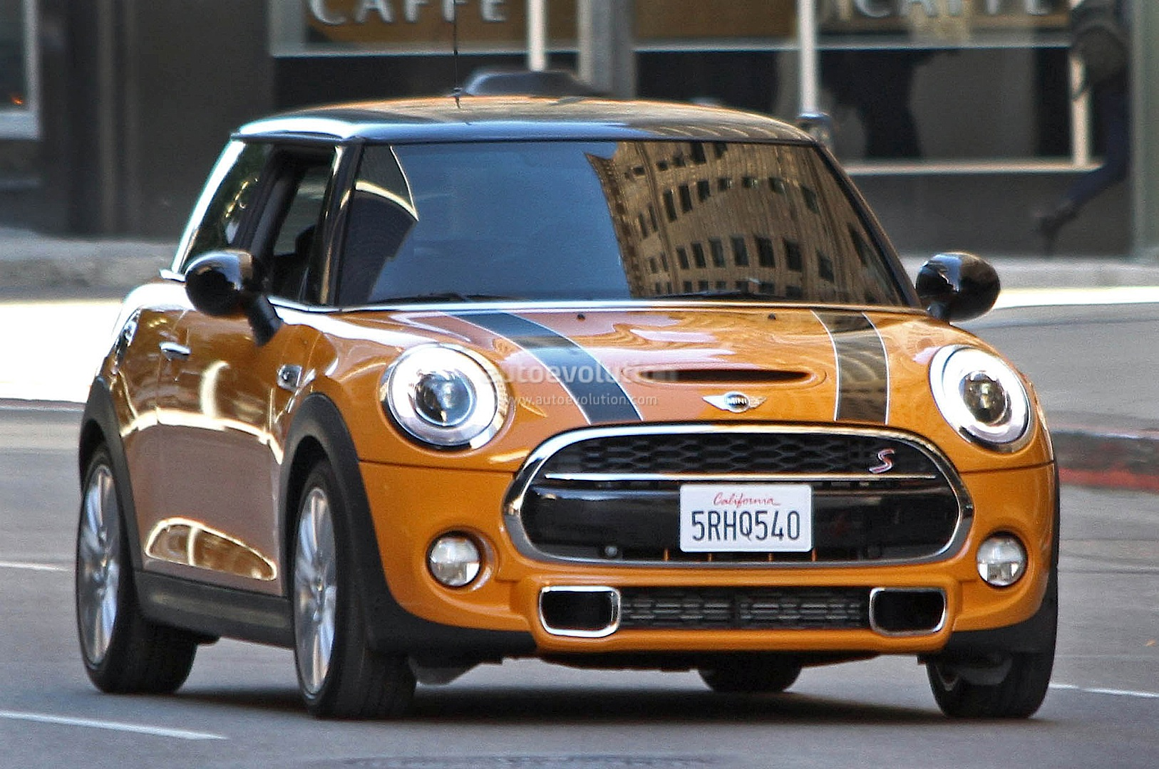 spyshots 2015 mini cooper s fully revealed autoevolution. Black Bedroom Furniture Sets. Home Design Ideas
