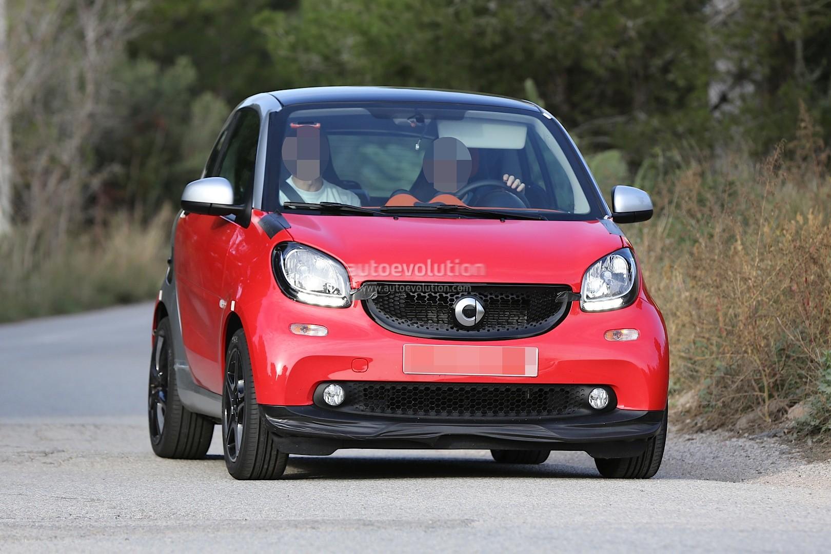 Spyshots 2015 Smart Fortwo Brabus Looks Hot Autoevolution