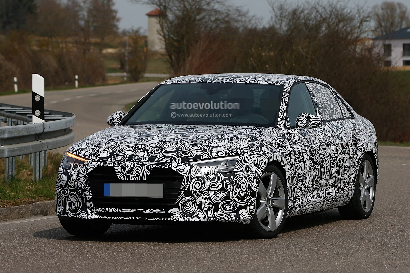 spyshots-2016-audi-a4-b9-shows-matrix-led-headlights_2