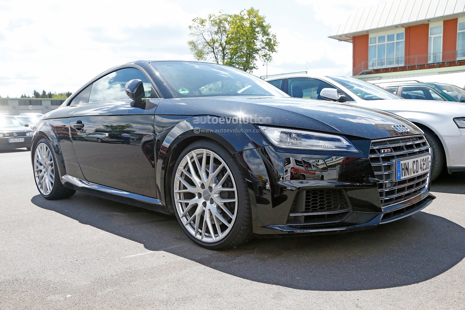 spyshots 2016 audi tt rs hides true performance potential autoevolution. Black Bedroom Furniture Sets. Home Design Ideas