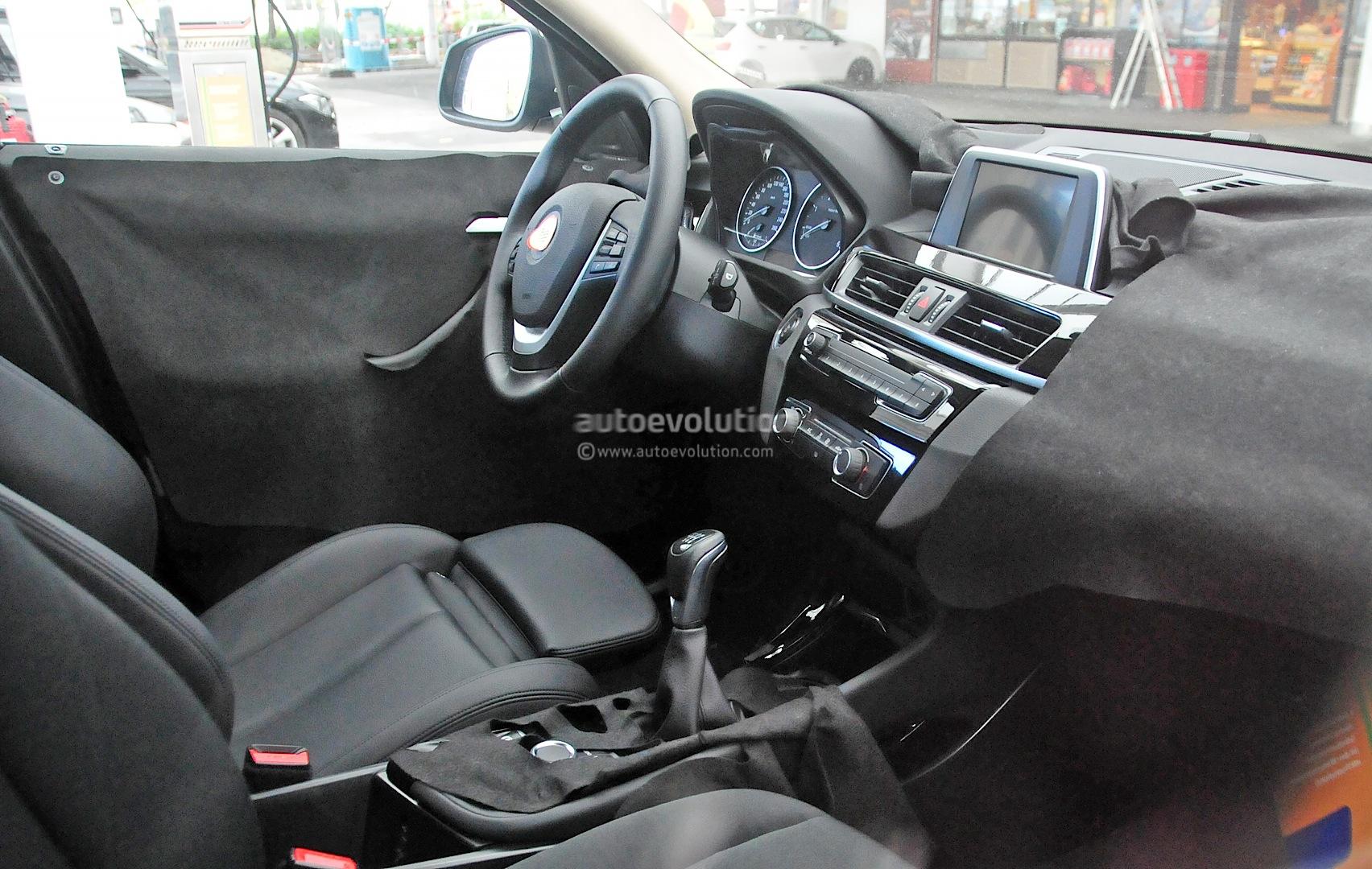 2016 Bmw X1 Interior Revealed In Spy Photos Autoevolution