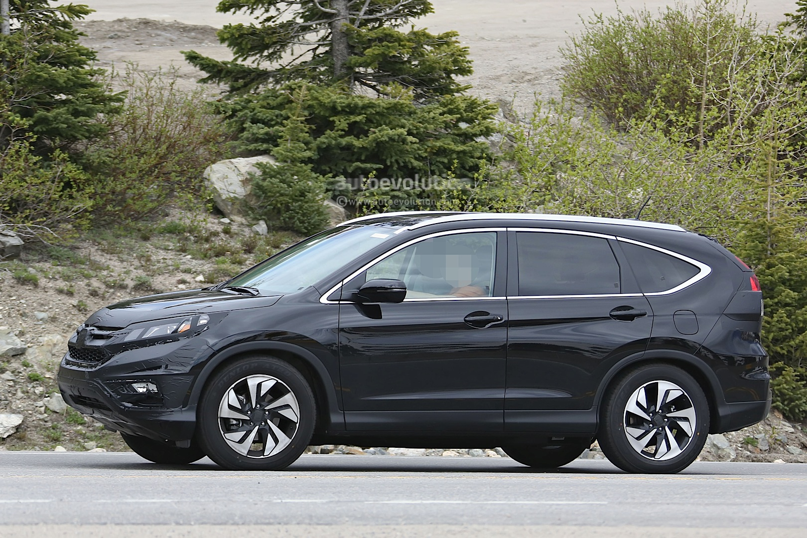 spyshots 2016 honda cr v facelift testing in the us. Black Bedroom Furniture Sets. Home Design Ideas