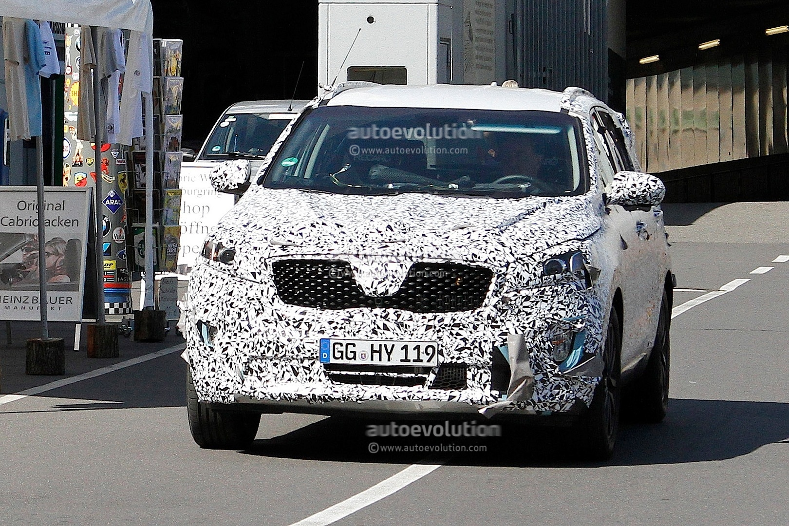 Spyshots 2016 Kia Sorento Third Generation Suv First
