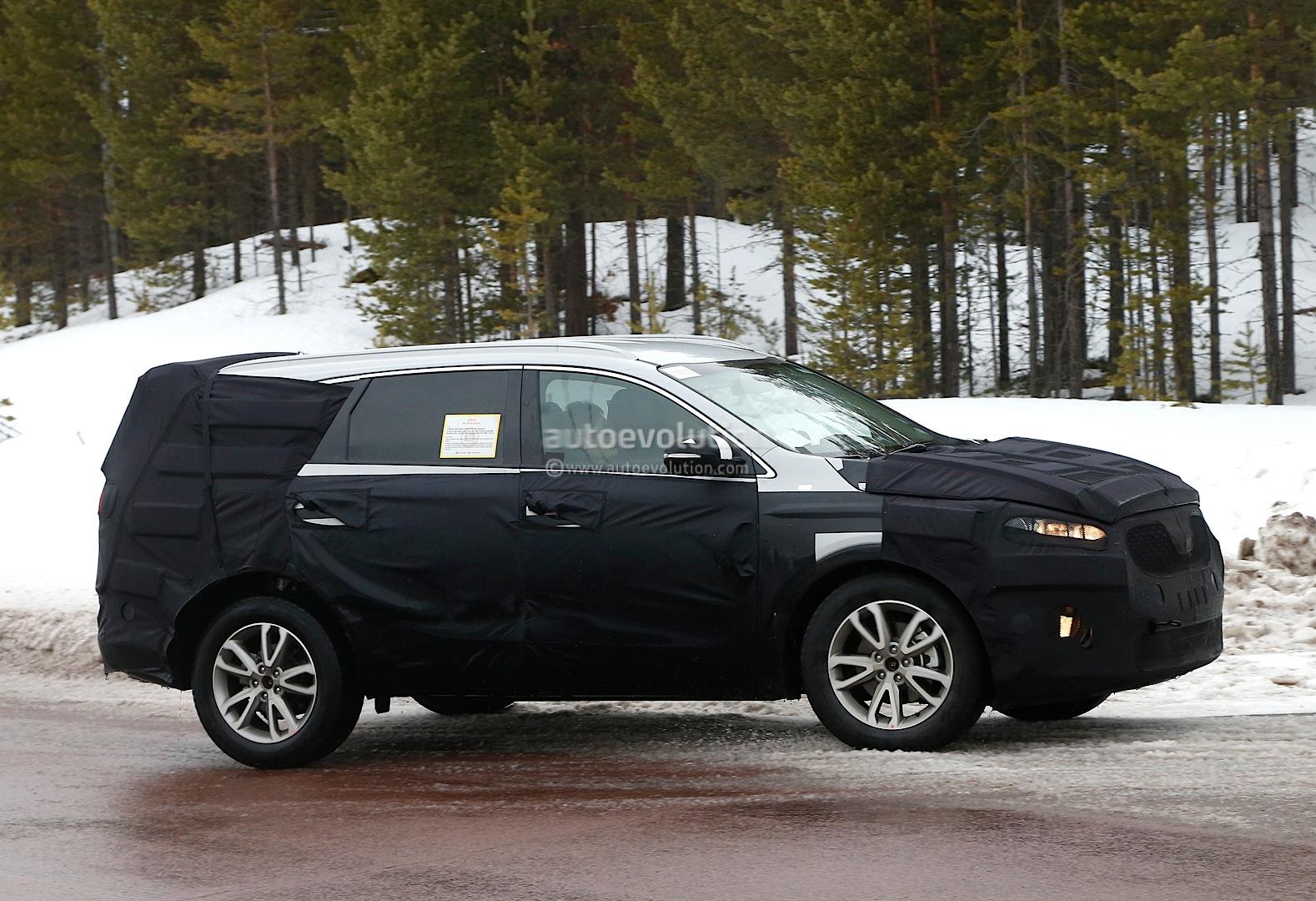 Spyshots: 2016 Kia Sorento SUV Testing in Scandinavia  autoevolution
