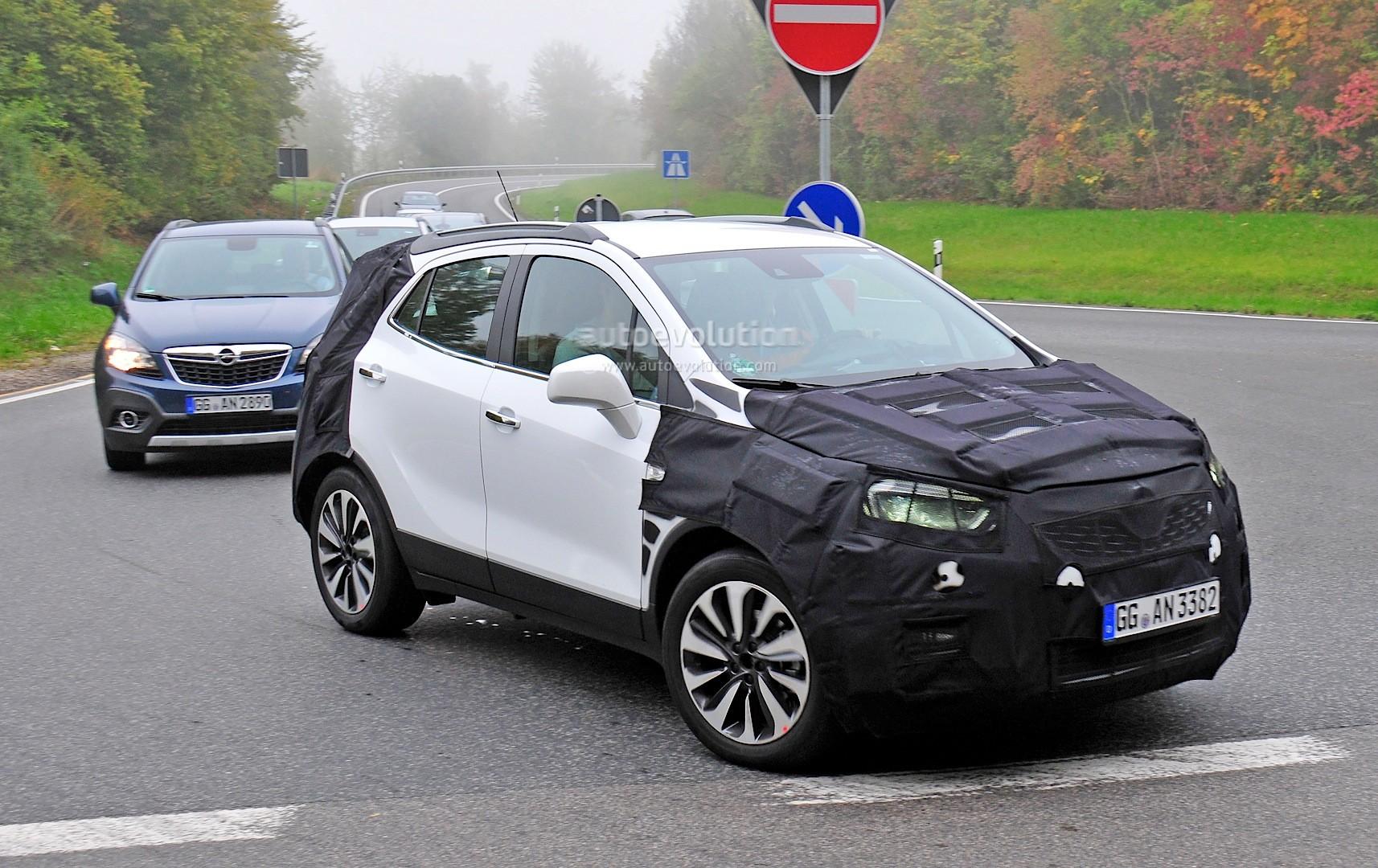 Spyshots: 2016 Opel Mokka Facelift Getting LED Headlights? - autoevolution