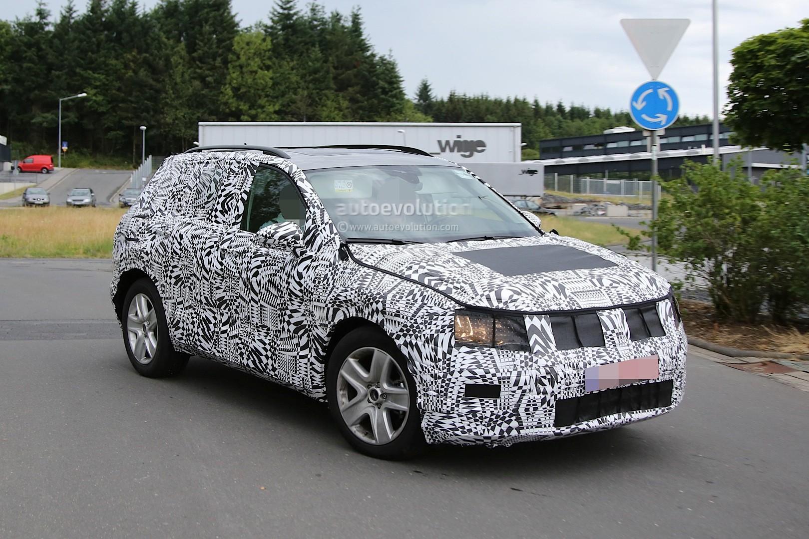 Spyshots 2016 Volkswagen Tiguan Shows New Details