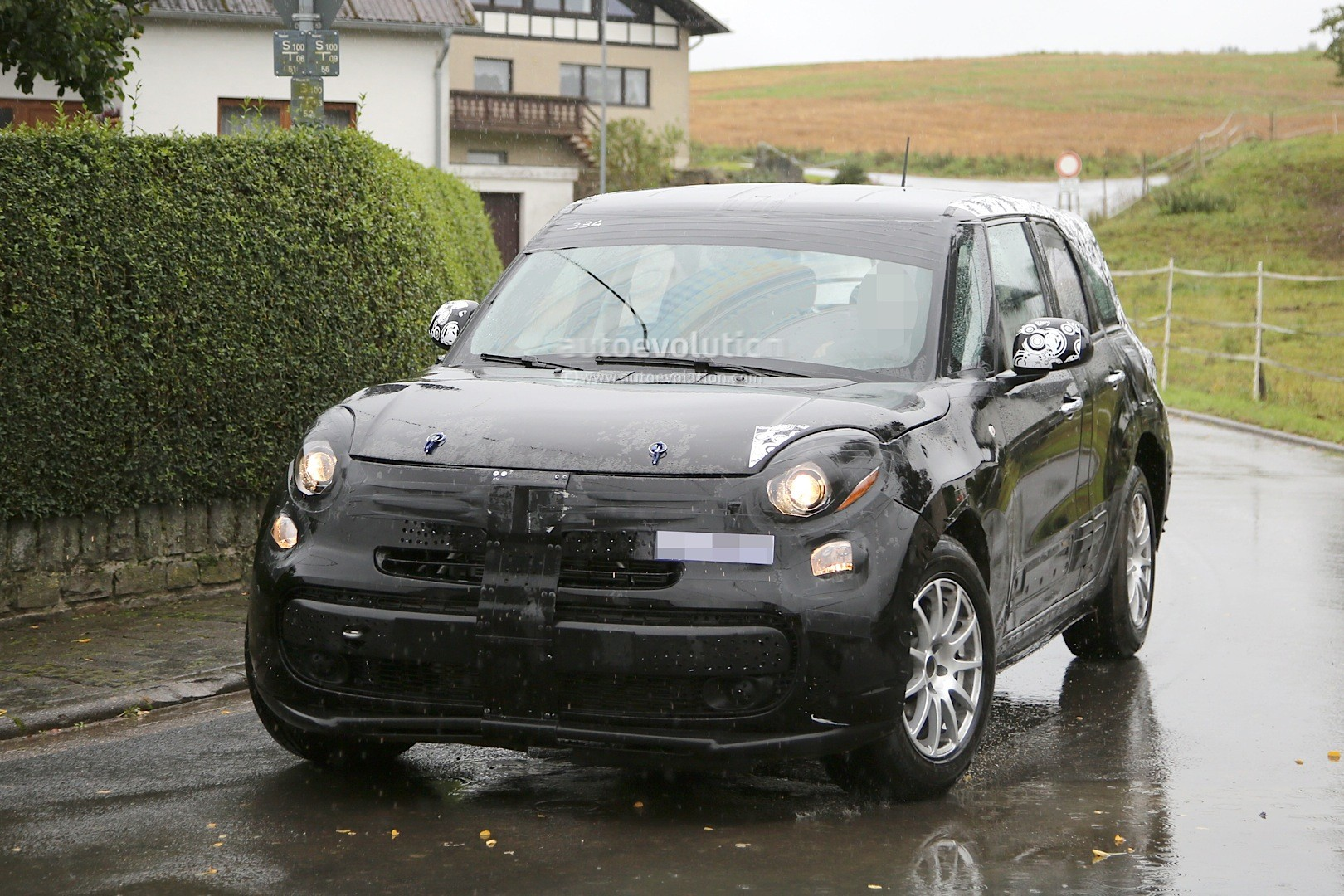 spyshots 2017 alfa romeo suv chassis testing mule spied. Black Bedroom Furniture Sets. Home Design Ideas